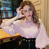 2018春季新款韩版翻领单排多扣宽松格子衬衫灯笼袖拼接蕾丝上衣潮