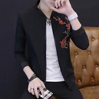 新款外套男春秋2018韩版帅气修身休闲薄潮流棒球服秋季男装夹克