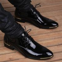 CUM 男士皮鞋男漆皮皮鞋发型师尖头男鞋春秋内增高休闲鞋