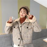 冬季新款韩版学院风宽松羊羔毛领加厚上衣女复古格子毛呢外套学生