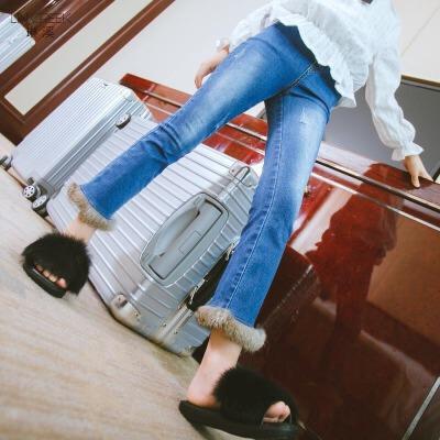 女童牛仔裤冬装装新款时髦休闲长裤打底裤外穿裤子儿童毛边喇叭裤 发货周期:一般在付款后2-90天左右发货,具体发货时间请以与客服协商的时间为准