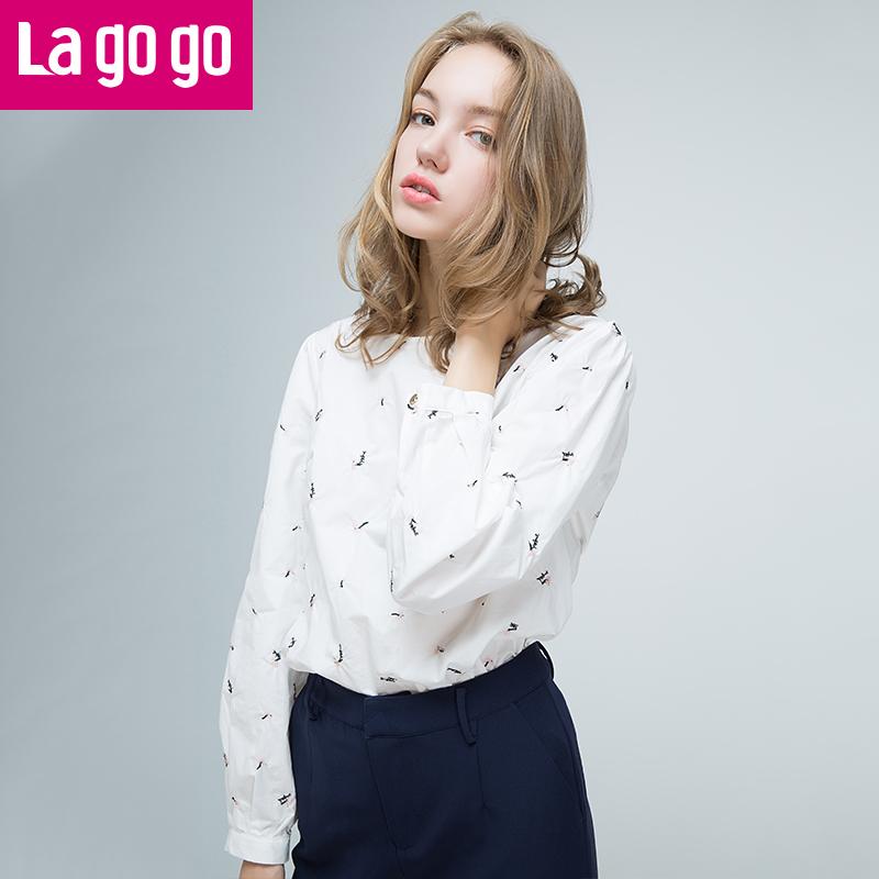 Lagogo2017秋季新款白色小清新衬衫圆领百搭刺绣宽松长袖上衣女