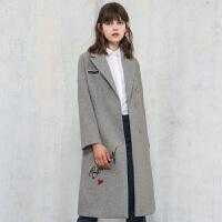冬装新品西装领刺绣羊毛呢大衣外套女Y641248D0
