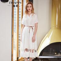 海贝2018夏季新款女装 V领短袖纯棉中长款花边镂空白色连衣裙