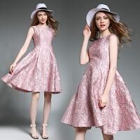 春夏品牌新款女装圆领刺绣收腰显瘦无袖A字连衣裙女