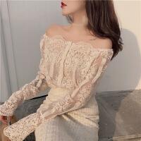 春装2018新款一字领露肩性感蕾丝衬衫+打底吊带长袖上衣两件套女 均码