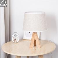 台灯卧室床头北欧创意简约现代书房调光欧式台灯