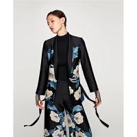 秋装新款黑色配时装腰带花朵印花显瘦时尚外套